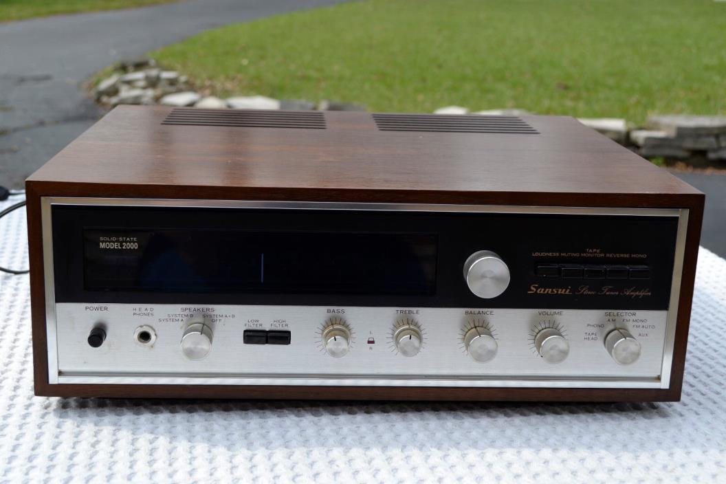 Vintage Sansui 2000 AM/FM Stereo Receiver with Manuals