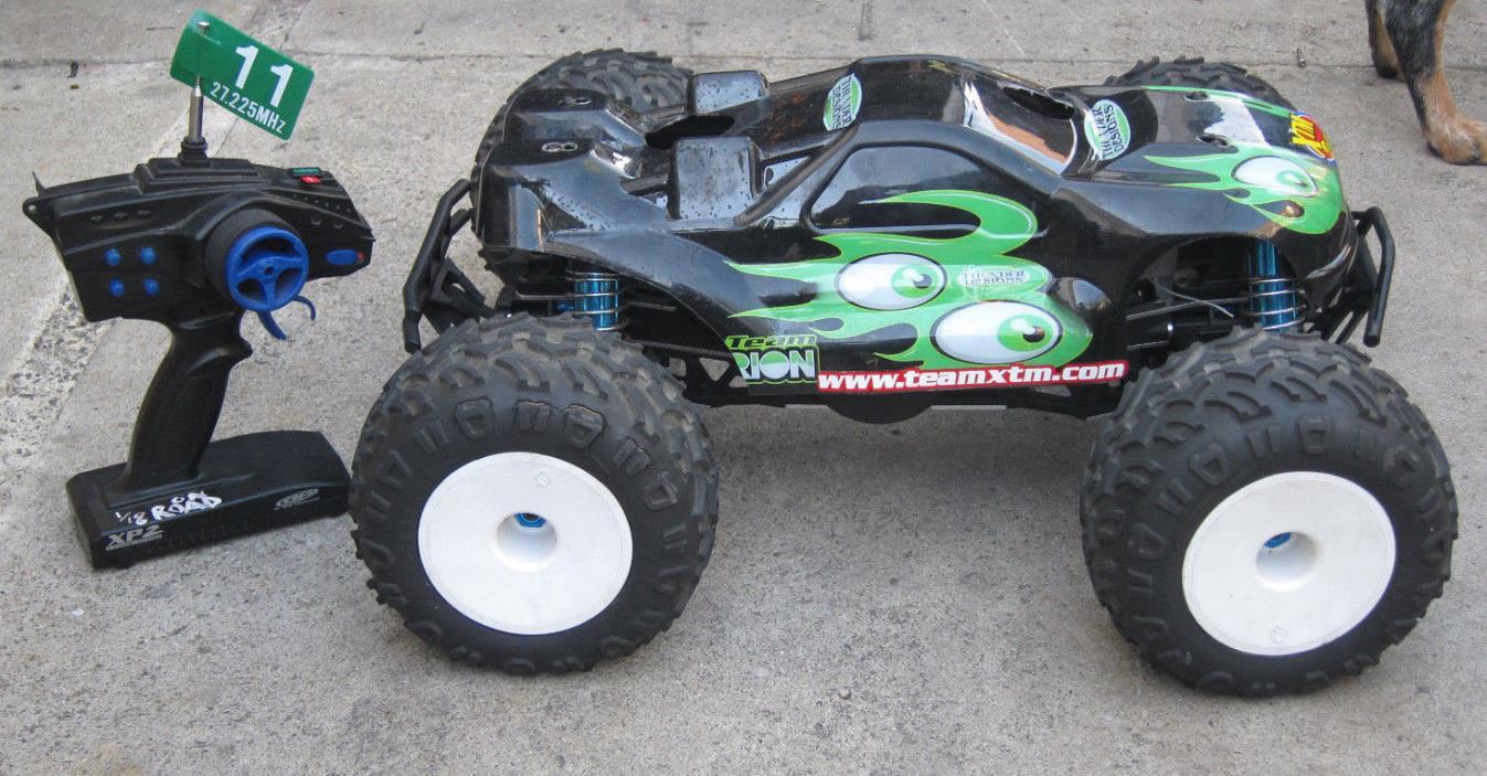 Team Losi Monster Truck 1/8th scale Nitro