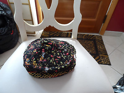 Vera Bradley Home and away round cosmetic bag in retired Ming pattern