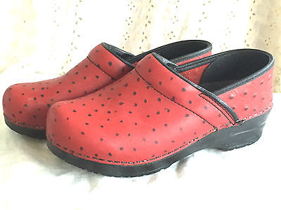 DANSKO RED LEATHER BLACK DOTS WOMEN SHOE CLOGS SIZE 37 EUR 6.5 7 nice condition