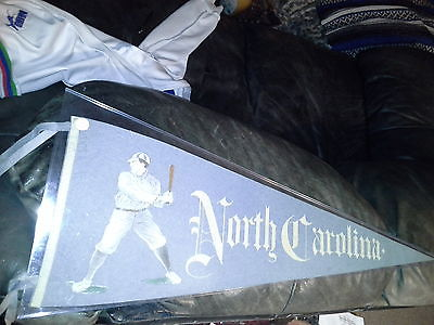 RARE  Circa 1910 University of North Carolina Felt Pennant, MINT