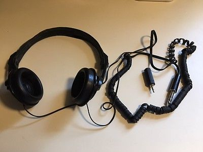Vintage REALISTIC Nova-55 High Performance Lightweight Stereo Headphones Wired