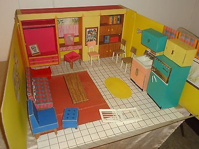 1962 Mattel Barbie's Dream House