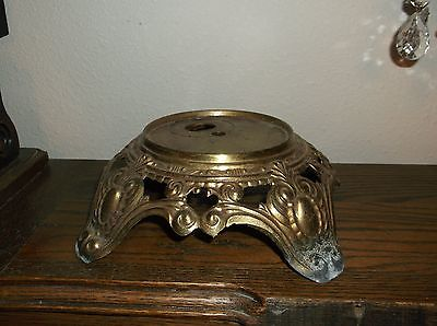 VINTAGE BRASS COLOR CAST METAL GWTW FOOTED LAMP BASE 4 1/4