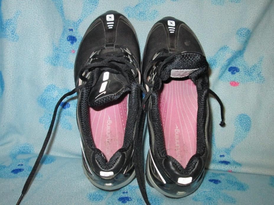 NIKE SHOES WOMEN'S Sz 8.5 USED CONDITION