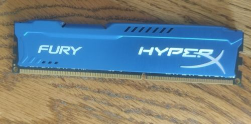 Kingston HyperX 8 GB DIMM 1866 MHz DDR3 Memory (HX318C10F/8)