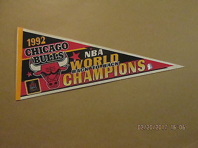 NBA Chicago Bulls Vintage 1992 WORLD CHAMPIONS Back To Back Logo Pennant
