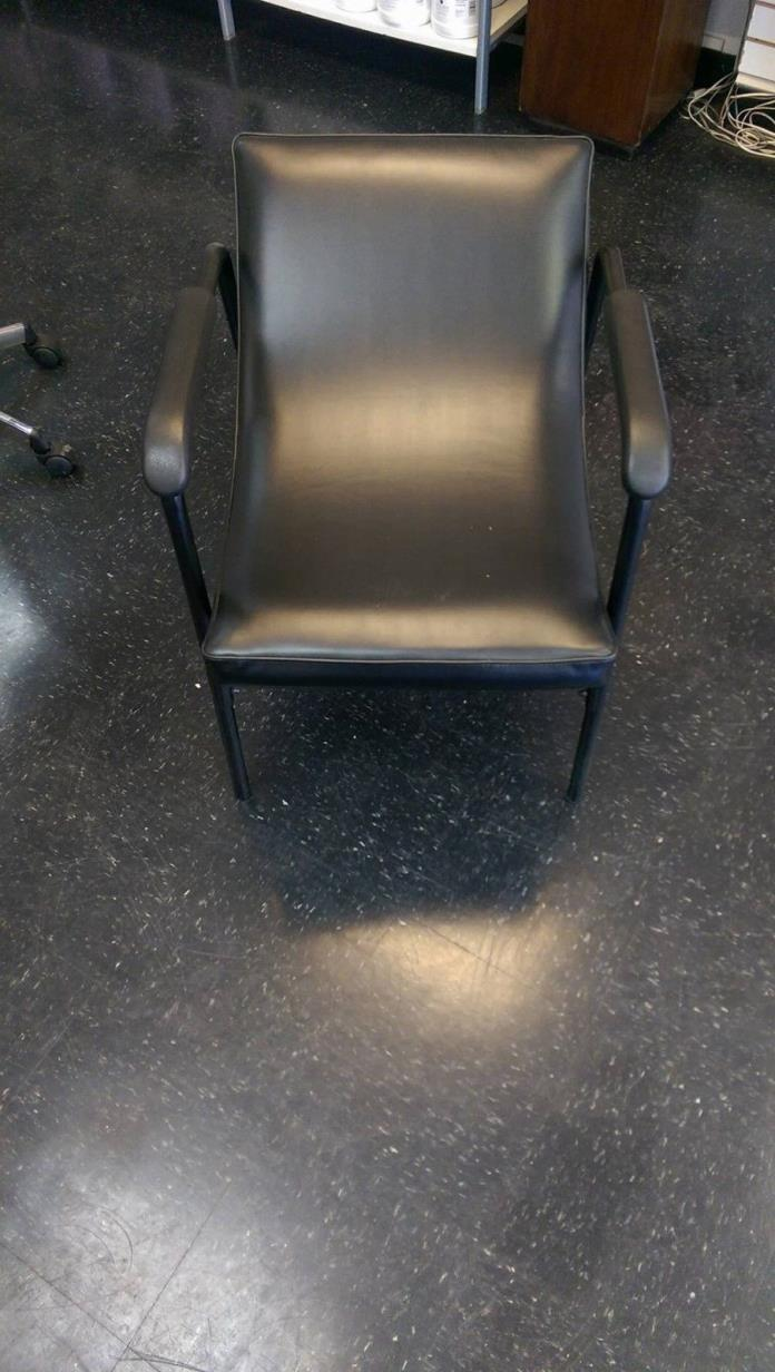 Jeffco Shampoo Chair