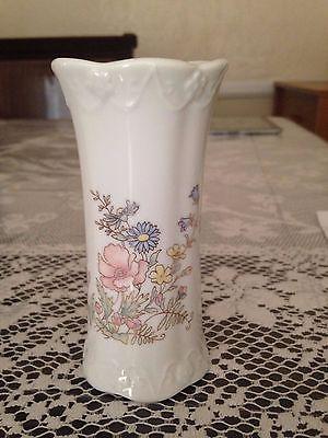 Decorative Collectible Porcelain Vase.