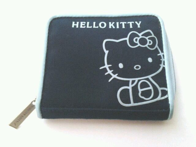 Girls Hello Kitty Wallet Blue Multi Colors Zip Around closure coin holder
