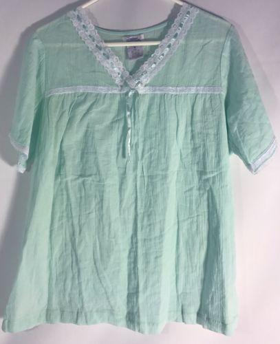 Dreams & Co. Women's Night Shirt Size Medium