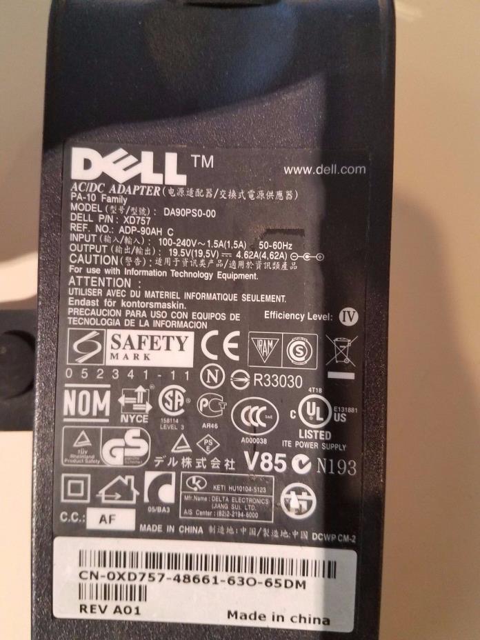 Genuine Dell  PA-10 19.5V 4.62A 90W AC Adapter Power Supply # DA90PS0 DP/N XD757