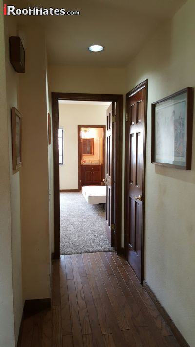 $850 Five+ room for rent in Santa Clarita Valley