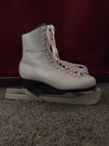 Riedell Women's Figure Ice Skates Size 6 1/2
