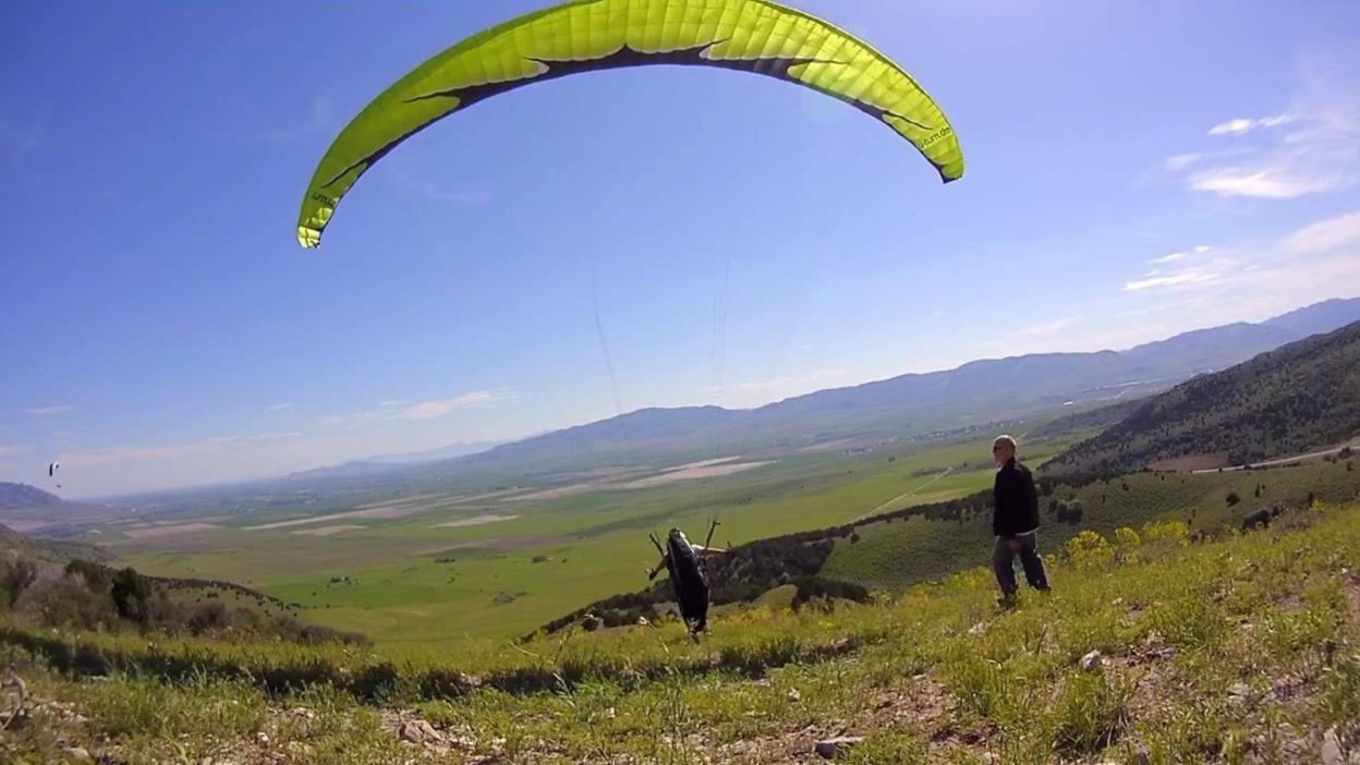 U Turn Blacklight Paraglider
