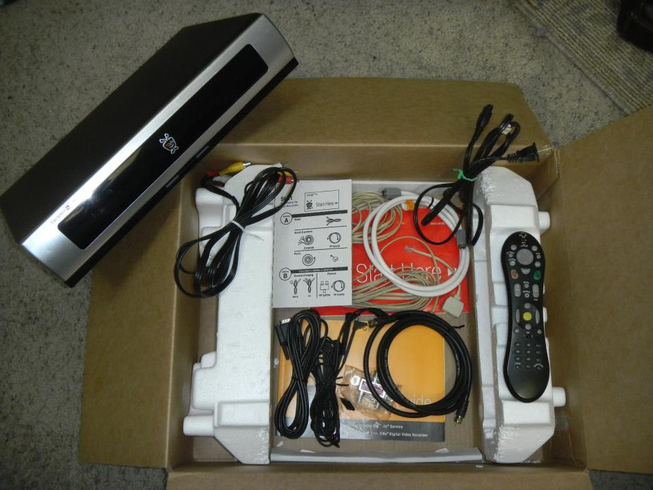 Tivo Series 2 DVR, lifetime service, 80 Hour, with remote and all cables