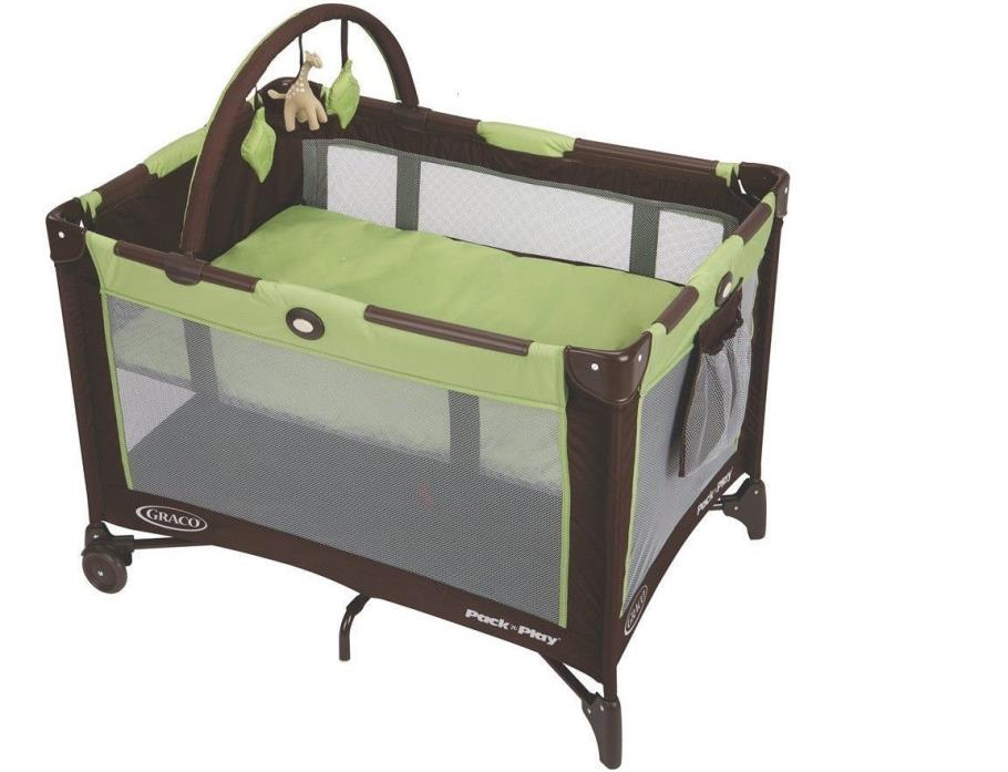Graco Pack 'n Play On The Go Playard - Go Green * Brand New*