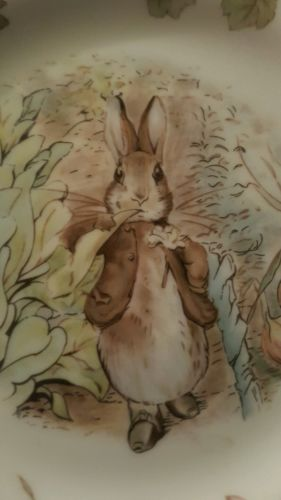Royal Albert teatime collection plate with hanger 1986 Benjamin Rabbit 6