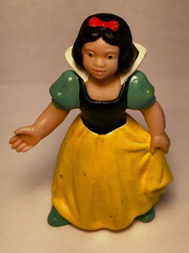 Vintage Snow White 2 1/2