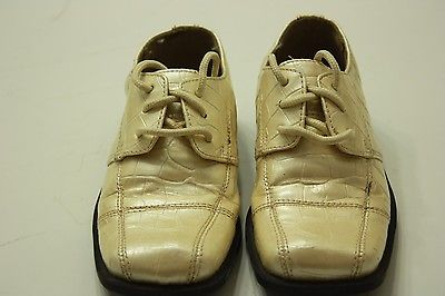 Boys toddlerBoys toddler dress shoes bl dress shoes beige size 9M Felipe stefano
