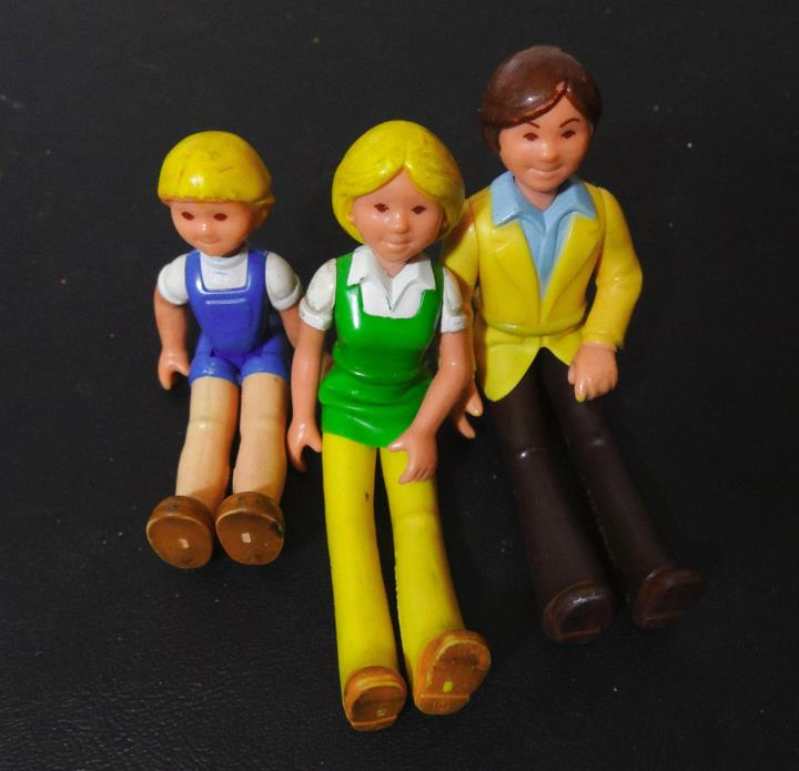 older Fisher-Price 80s Loving Family Mom Dad 4