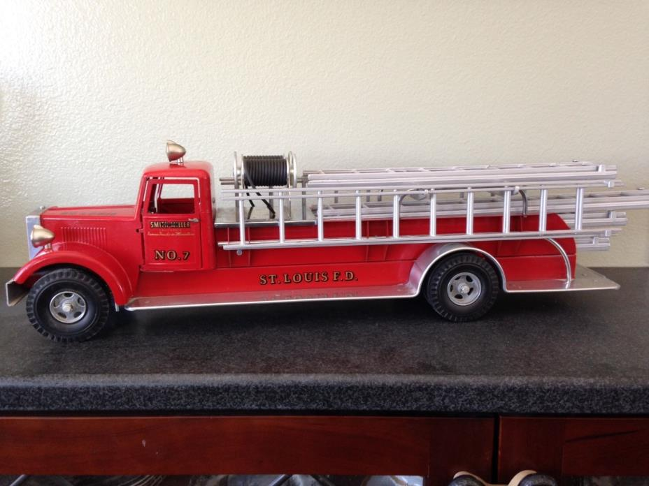 Smith Miller St. Louis No. 7 Ladder Truck, Fire Truck, RARE,Collectible,Vintage