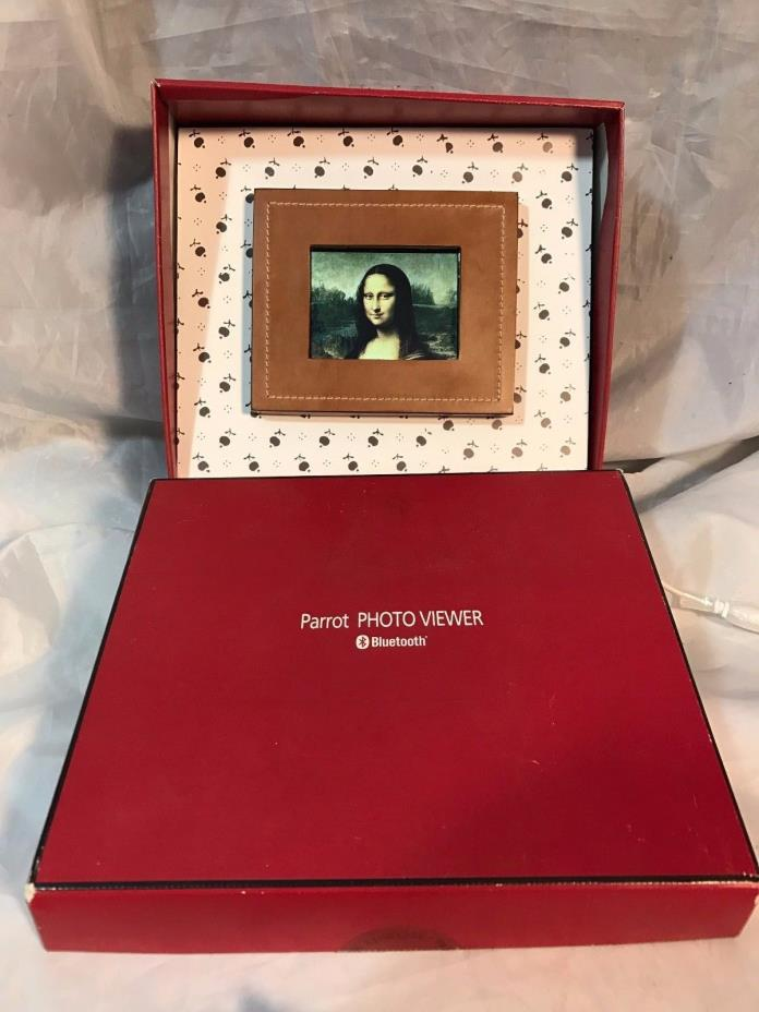Parrot 3.5 Inch Bluetooth Photo Viewer Black or Brown Leather Frame- USED