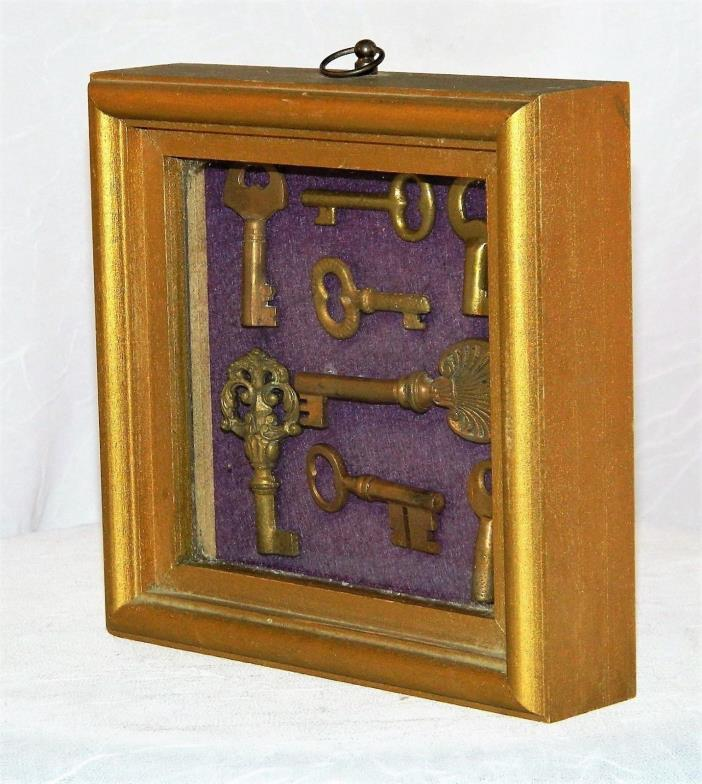 ~ Wonderful Collectable ANTIQUE KEYS /  FRAMED Hanging Shadow Box KEY COLLAGE ~