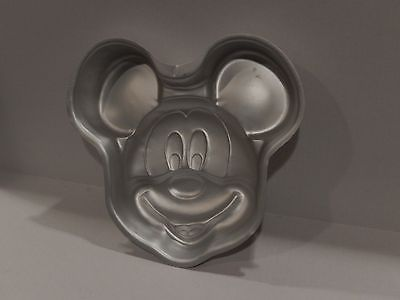 WILTON CAKE PAN MICKEY MOUSE FACE DISNEY slightly used