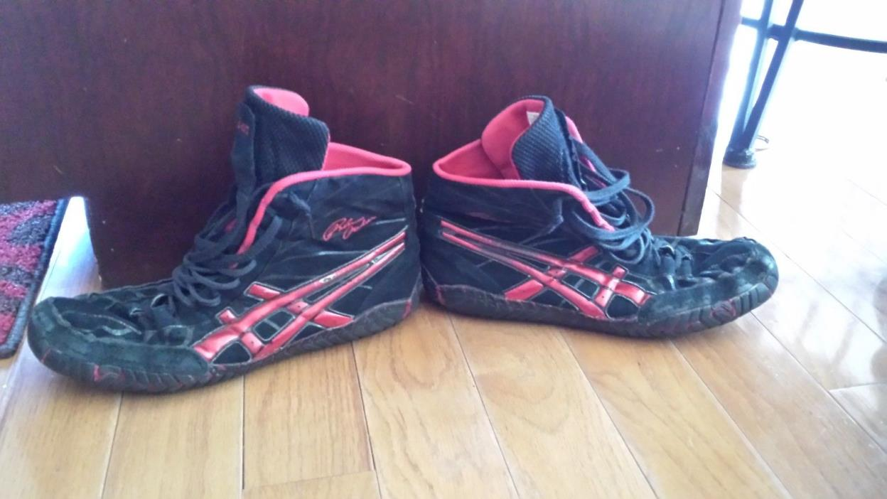 Original Rulon's size 11 Asics wrestling shoes