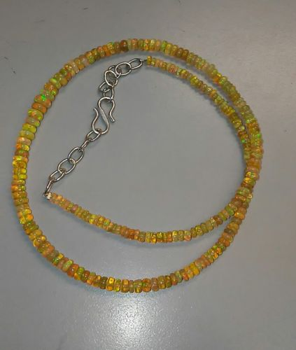 34.55tw Opal Gemstone Necklace 2 to5mm 16
