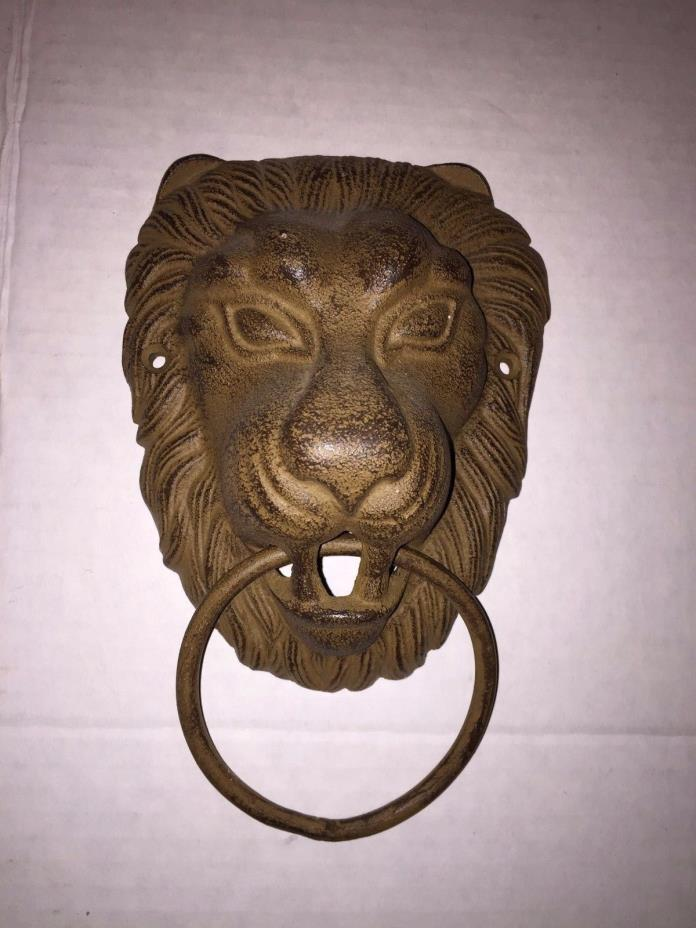 IRON LION WALL HANGING DECOR