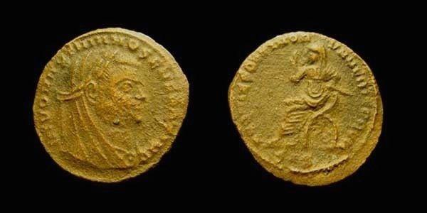 MAXIMIANUS. AD 284-305, 306-308, 310. AE 4 SISCIA. Maximianus on curule chair.
