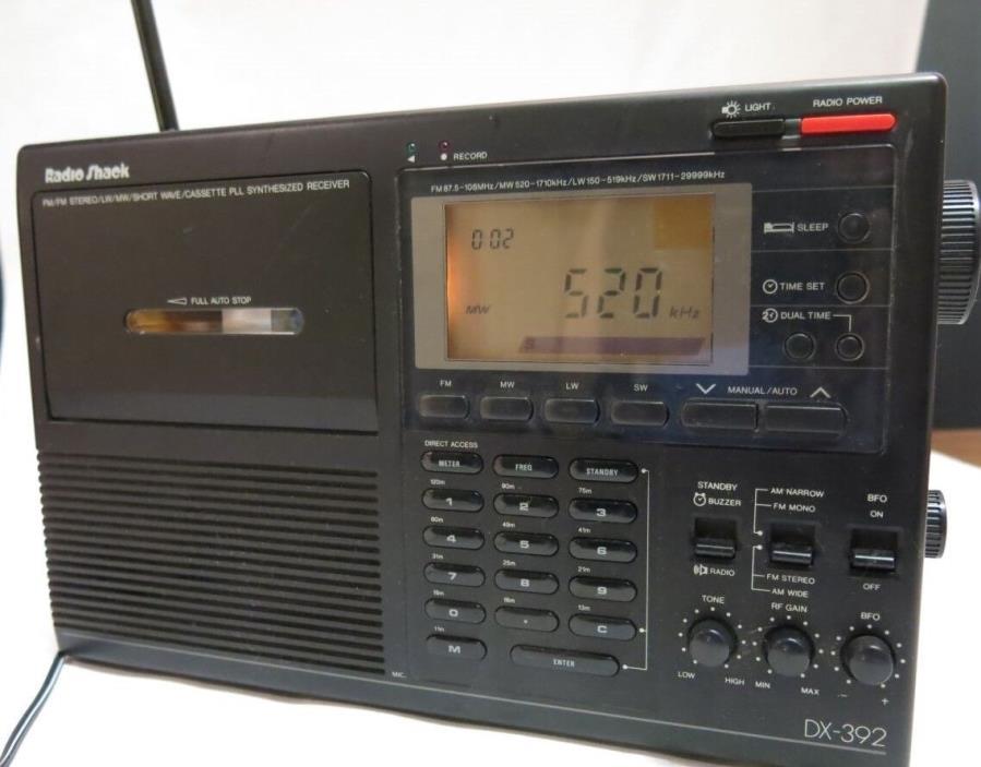 Radio Shack DX 392 All Band AM FM Shortwave Tape Radio Portable Stereo Black