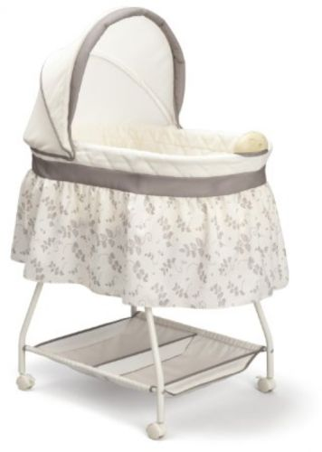 Portable Sweet Baby Crib Bassinet Infant Sleeper Nursery Furniture Cradle Swing