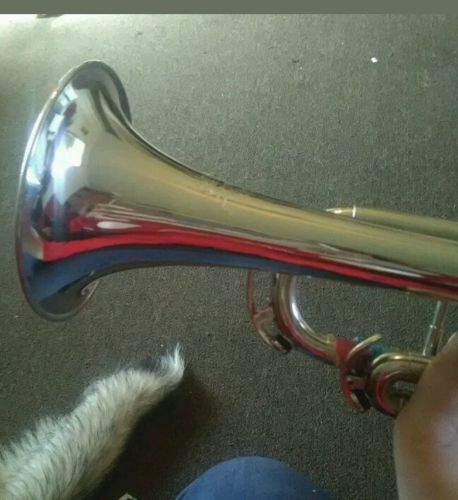trumpet good condition barely used with spare mouthpiece and carrying case