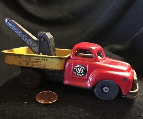 1955 Line Mar Toy Tow Truck