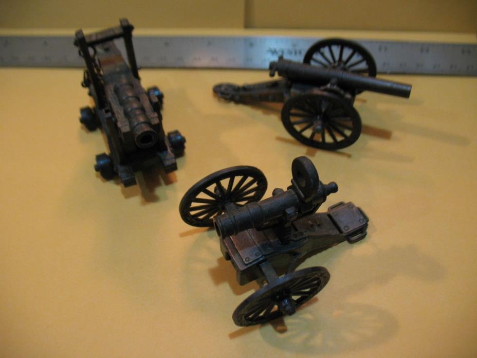 Lot of (3) Three Vintage Die Cast Miniature Cannon Pencil Sharpener mini Cannons