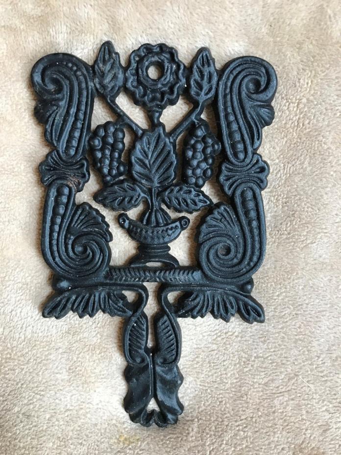 Vintage~JZH~1950~Cast Iron~Trivet~#8~Grapes~Hot Plate~Iron Art~Decor~USA~Rare