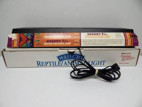 Perfecto Aquarium Reptile Animal Light Fluorescent Bulb Included 20