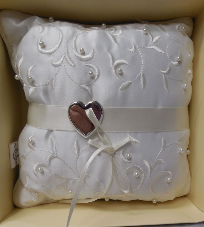 Lenox Opal Innocence Ring Pillow NIB k349