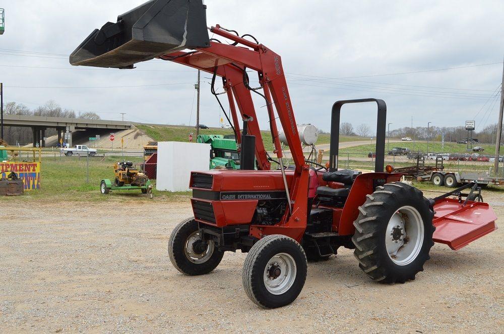 91 Case IH 395 diesel tractor with front end loader