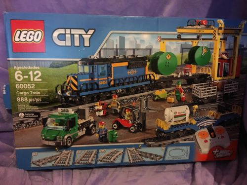 LEGO City Train 60052 Cargo Train Freight Loading Station Overhead Crane New