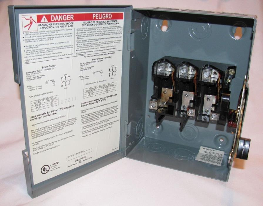 NEW SQUARE D 60 Amp 240VAC Single Throw Safety Switch 3P, DU322