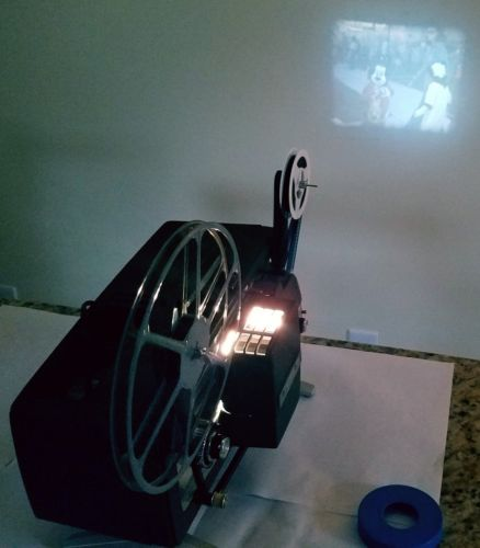 KEYSTONE automatic 103 home movie projector 8mm film