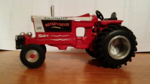 1/64 IH 1066 FARMALL INTERNATIONAL HARVESTER NEVER SAY NEVER PULLING TRACTOR