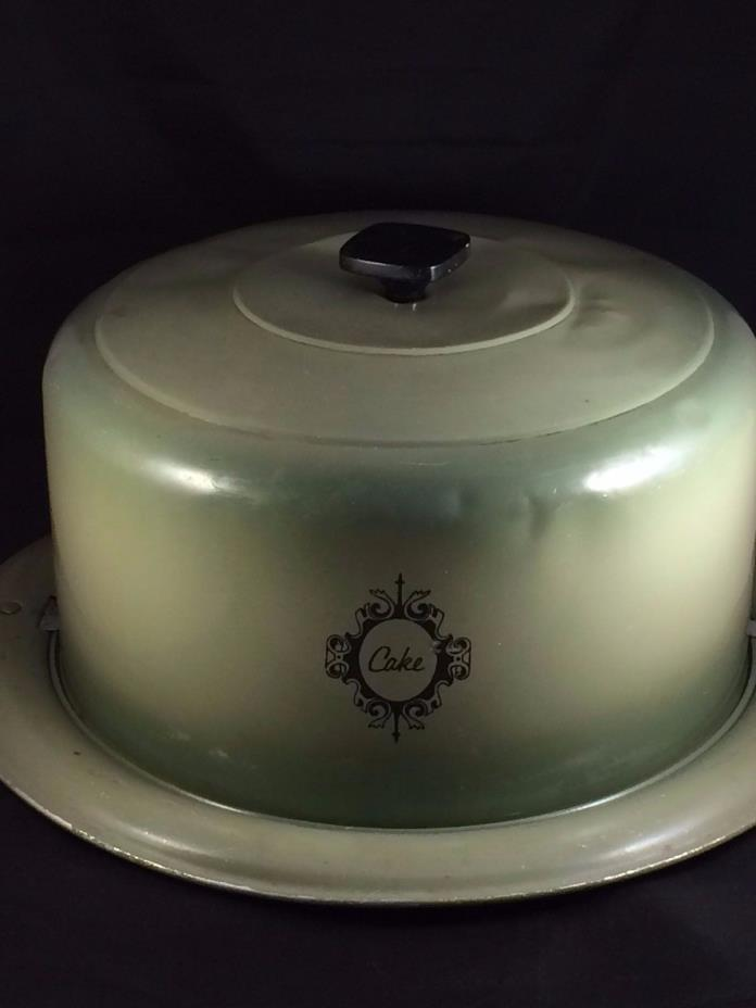 Vintage 1950's West Bend Aluminum Cake Pan and Cover Avocado Green USA