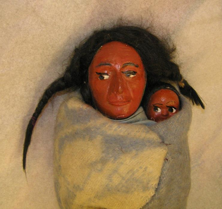 SKOOKUM DOLL Mother and Child BULLY GOOD VINTAGE INDIAN DOLL ~FREE SHIPPING~