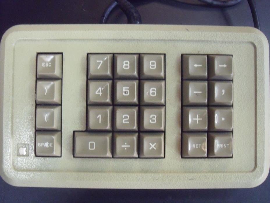 Vintage Genuine Apple IIe Numeric Keypad