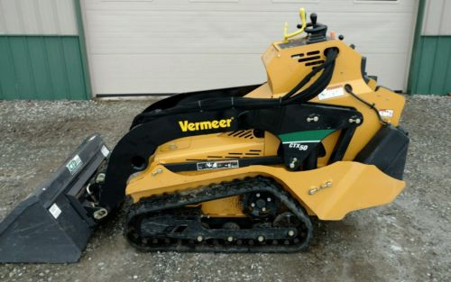2015 Vermeer CTX50 mini skid steer with tracks - ONLY 64 HRS!